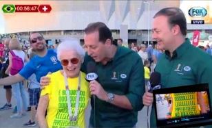 Camiseta Golpe no Brasil COMP Ana May na Russia 01b